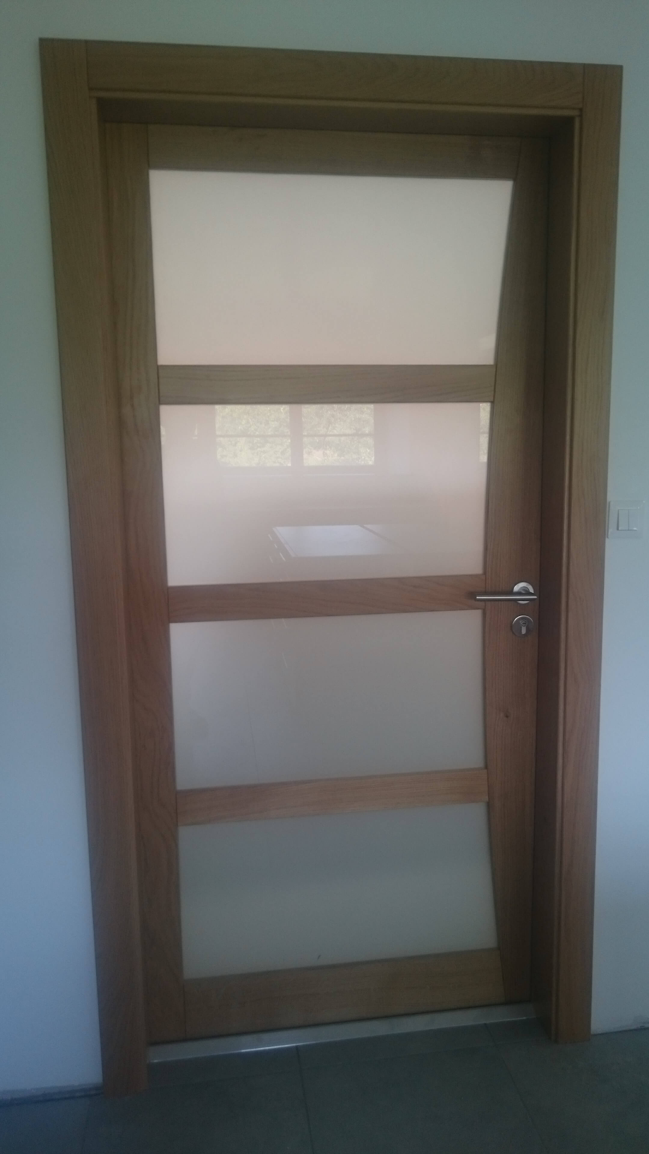 Menuiserie Figard - Fabrication sur mesure - Porte d'intérieur - Chêne vitrage opale - Vesoul