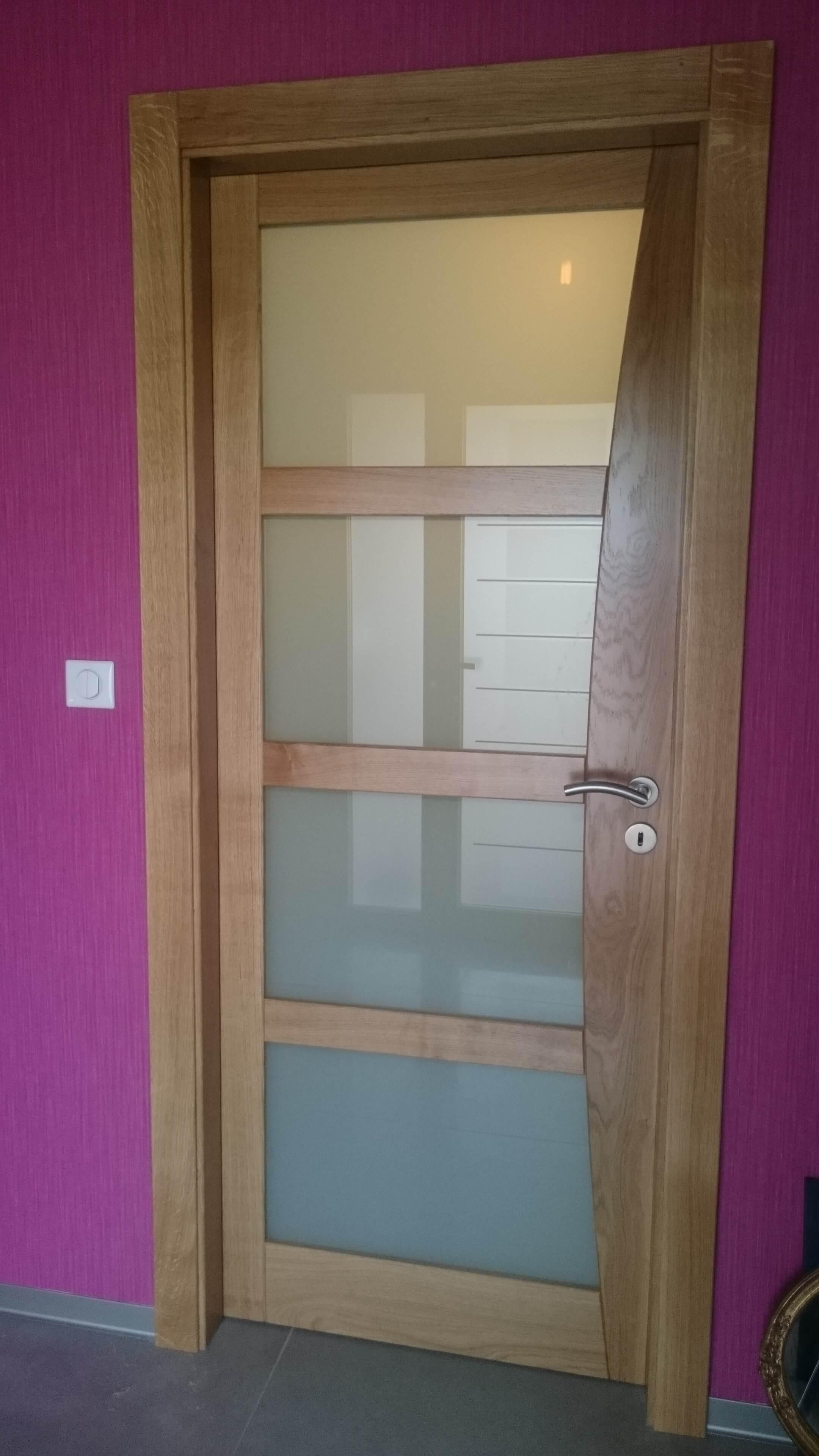 Menuiserie Figard - Fabrication sur mesure - Porte d'intérieur - Chêne vitrage opale- Vesoul