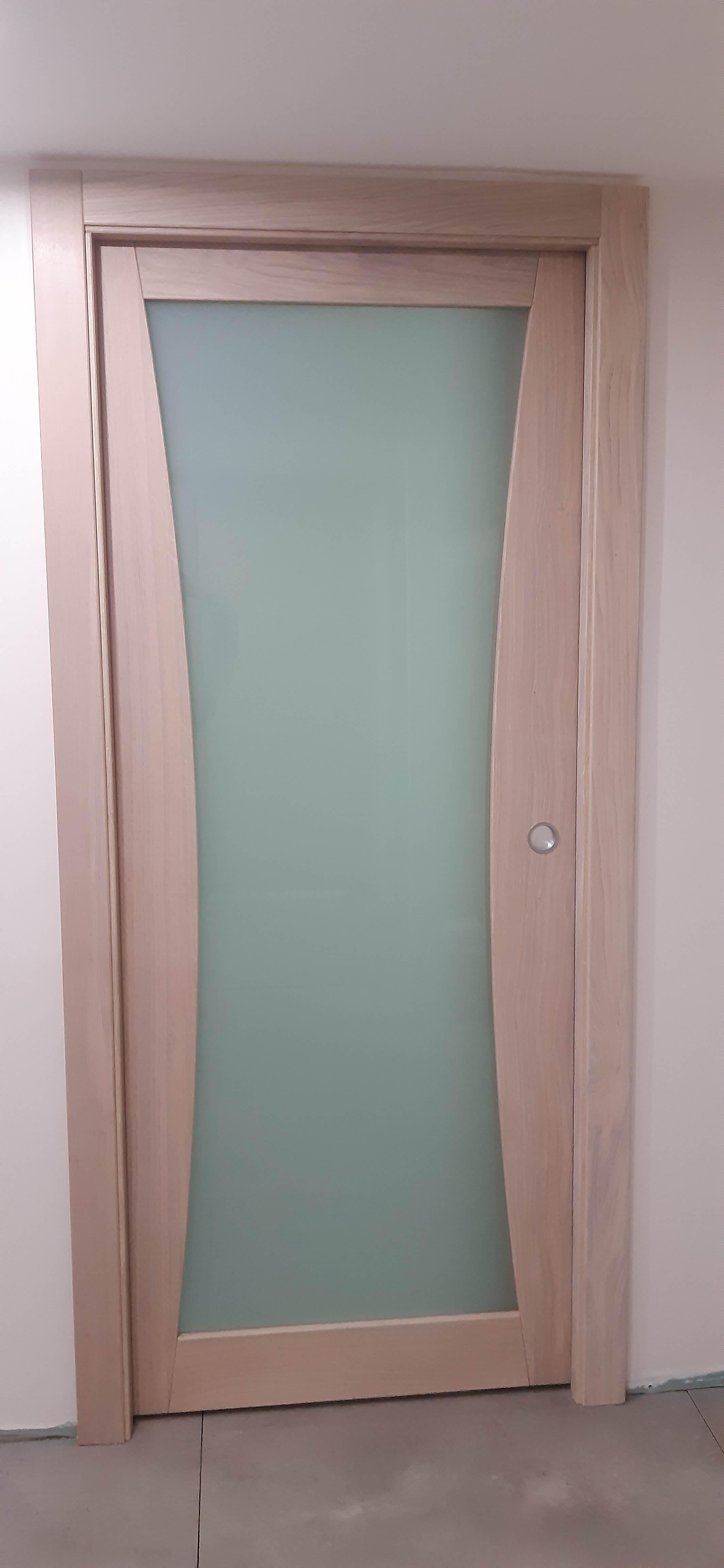 Menuiserie Figard - Fabrication sur mesure - Porte d'intérieure vitrée opale - Chêne - Vesoul