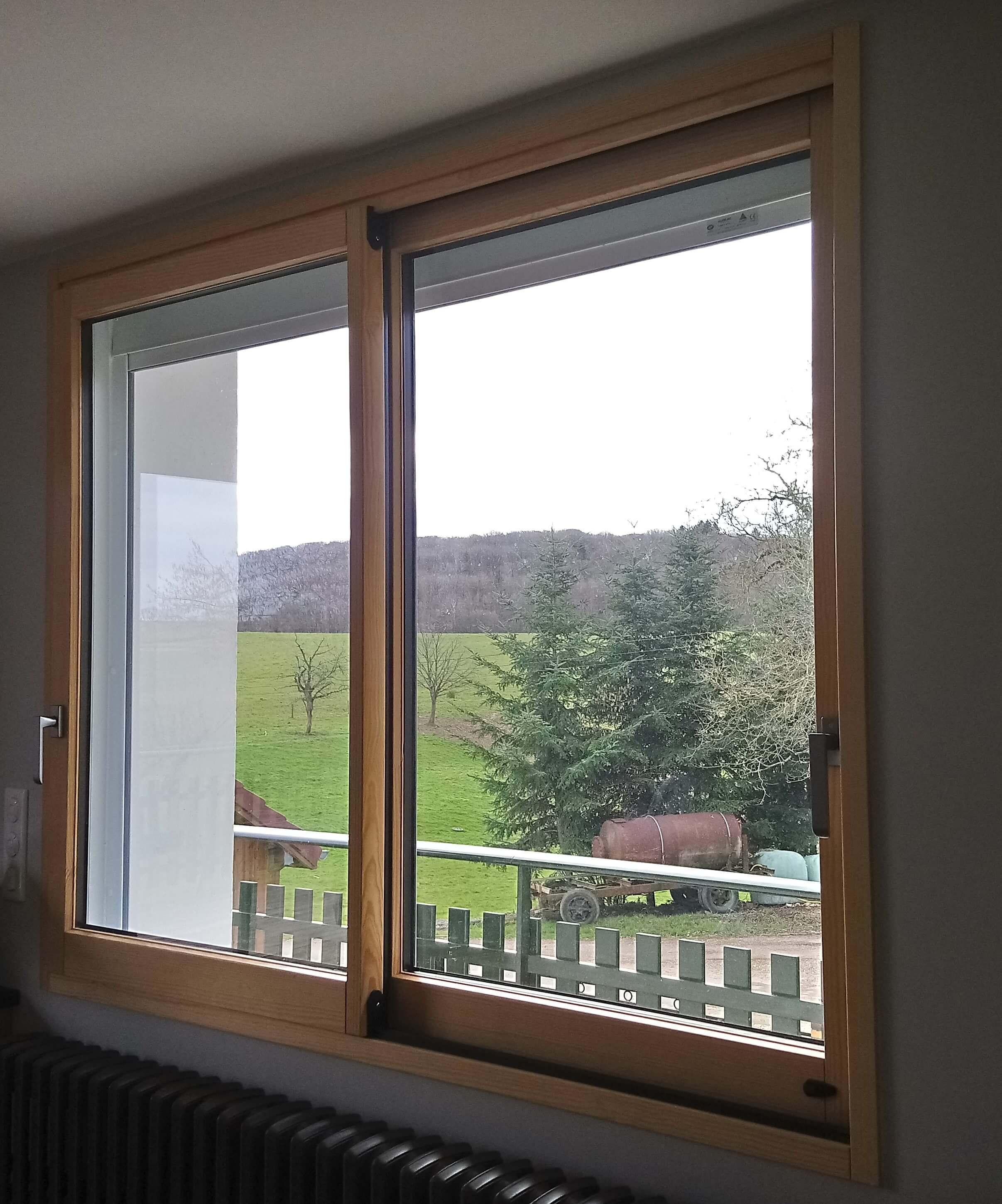 Menuiserie Figard - Fabrication sur mesure - Fenêtre coulissante - Bois-aluminium - Vesoul